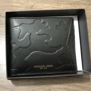 Michael Kors Camden Billford & Card Case Wallet